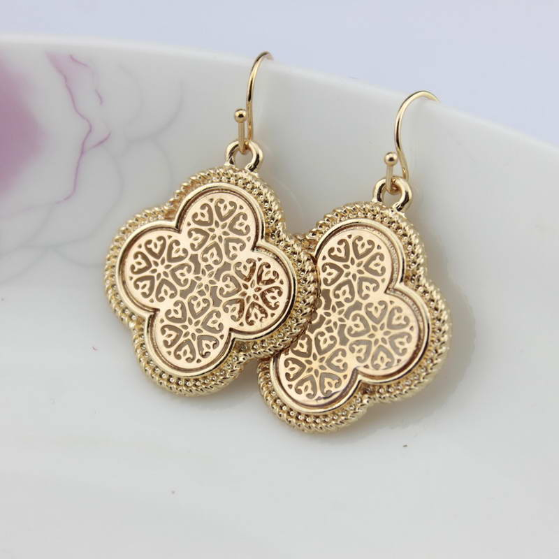 Southern Gold Hollow Out Arabesque Quatrefoil Clover Heart Earrings for Women 2017 Brand Jewelry Wholesale