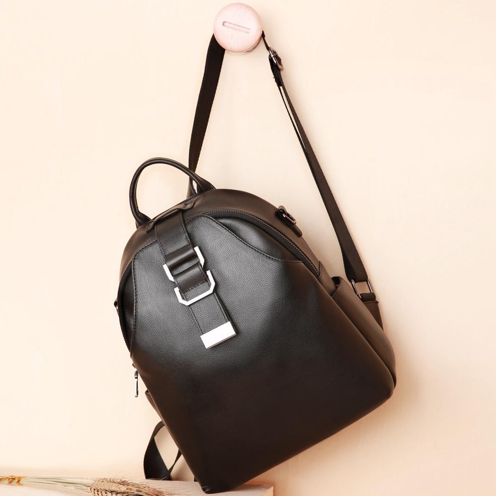 À Bagpack Femmes Véritable Dos Luxe Élégant Ensoleillé Mode 100 De Sac D'affaires Marque Cuir En Designer Black Voyage Réel Pour Boutique T4IzqB