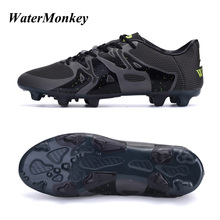 Купить с кэшбэком WaterMonkey 2018 New Fashion Adults Soccer Shoes Outdoors Grass FG Football Shoes and Long Spike Shoes Cleats Shoes 4 Colors