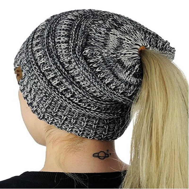 Fashion Women Hats For Ladies Stripes Knitted Hats Women Winter Hats Warm Caps For Girls Women Beanies Skullies Women's Hats fashion caps warm autumn winter knitted hats for women stripes double deck skullies men s beanies 7 colors free shipping