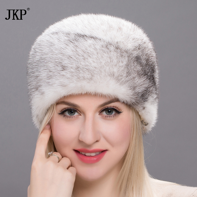2017 Hot Fashion New Women's Autumn Winter Fur Cap 100% Genuine Mink Cap Cap Tail Tail Natural Hat High Quality DHY17-06