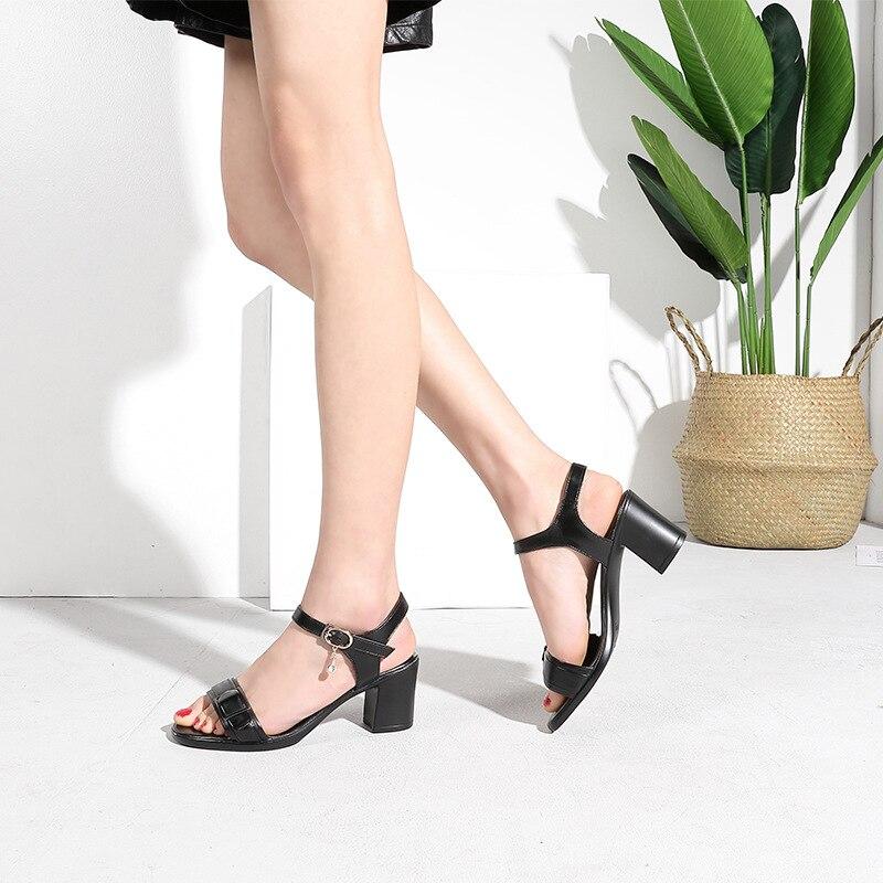 marrón Peep Del 2018 Alto Talón Cuero Las Zapatos Mujer Sandalias Partido Genuino Hebilla Gruesas De Toe Verano Mujeres Elegante Negro Tacón Moda qwgaEzx1
