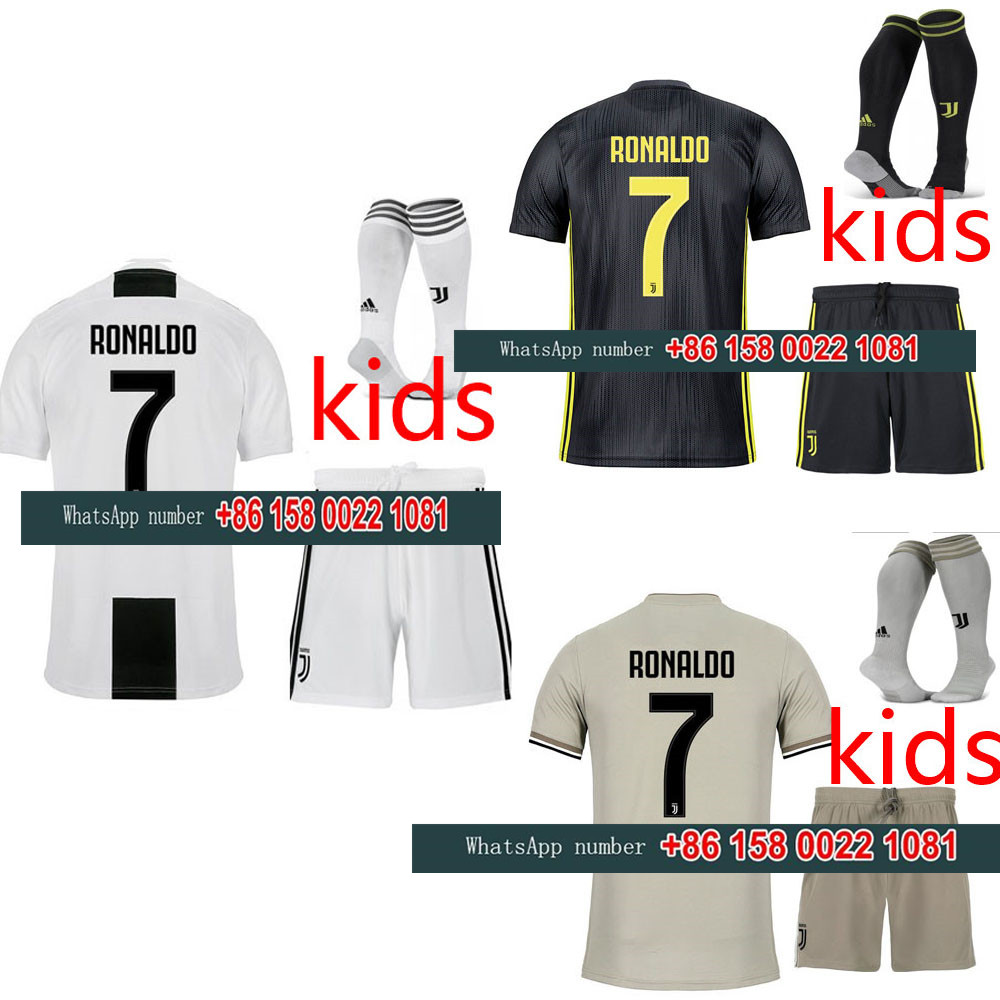 afa33730e77 2019 2018 JUVENTUSES kids boy RONALDO Soccer Jerseys kit 18 19 JUVE kit +socks  Dybala Home Away Third Football Shirt-in Soccer Jerseys from Sports ...