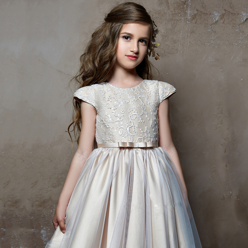 New Arrivals Flower Girls O-neck V-back Short Sleeves Lace Appliques Ball Gowns with Bow Sash First Communion Princess Dress navy random feathers print v neck short sleeves slit hem maxi dress