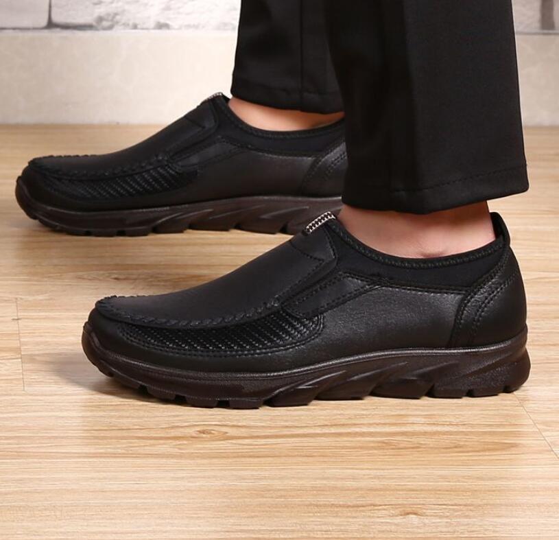 HTB1vYmaaUrrK1RkSne1q6ArVVXav Luxury Brand Men Casual Shoes Lightweight Breathable Sneakers Male Walking Shoes Fashion Mesh Zapatillas Footwear Big Szie 38-48