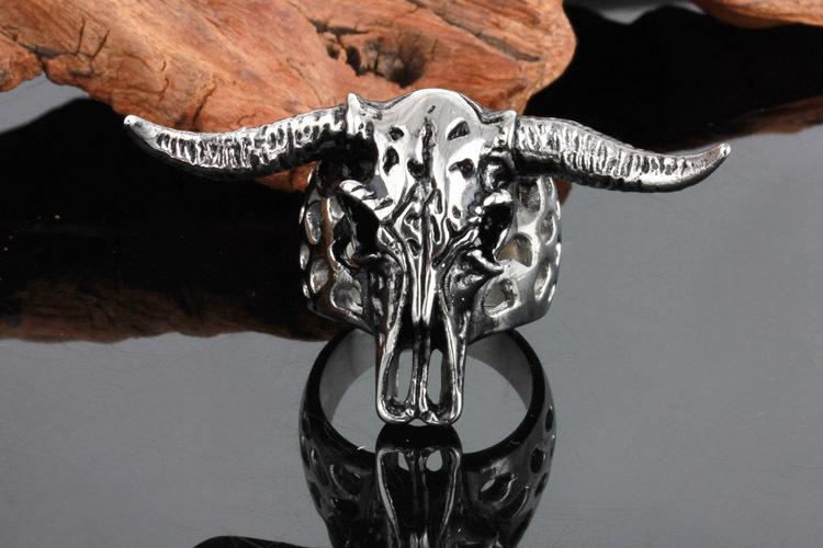 HTB1vZ2JQpXXXXXLXXXXq6xXFXXXe - Longhorn Skull Design Ring