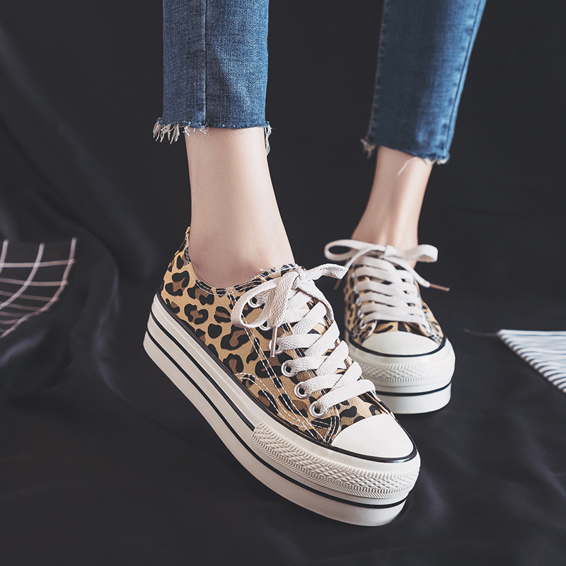 Women Leopard  Shoes Platform high heel Canvas vulcanized sneakers New Arrival  Women Flat Jogging Breathable Casual shoesWomen Leopard  Shoes Platform high heel Canvas vulcanized sneakers New Arrival  Women Flat Jogging Breathable Casual shoes