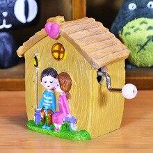Hand Crank Resin House Pink Purple Music Box Hand-operated Musical boxes Caja Musical Birthday Wedding Handicraft Free Shipping
