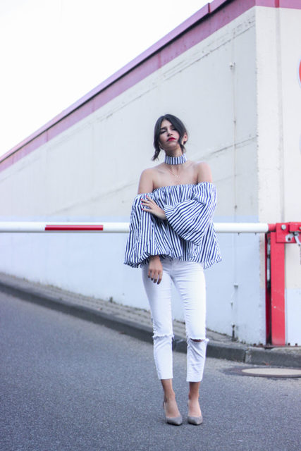 COLROVIE Long Sleeve Blouse Women Blouses and Tops Blue Vertical Striped Off The Shoulder Top With Choker Blouse