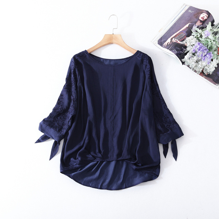 Здесь продается  Loose plus size silk embroidery blouse 2018 new brand runway women sprint summer shirts high quality pullovers shits  Одежда и аксессуары