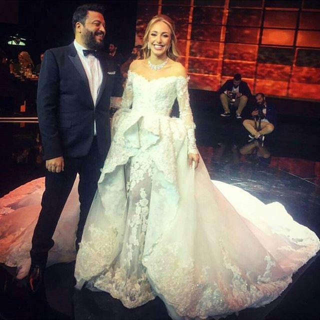 Arabic Luxury Lace Peplum Robe De Mariage Beaded Off The Shoulder
