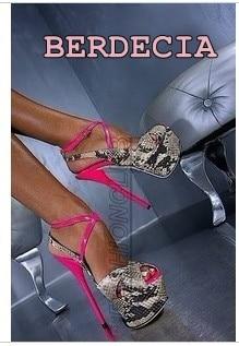 все цены на Hot selling ladies 16 cm high heel patchwork snakeskin platform sandals peep toe buckle strap stiletto heel platform shoes онлайн