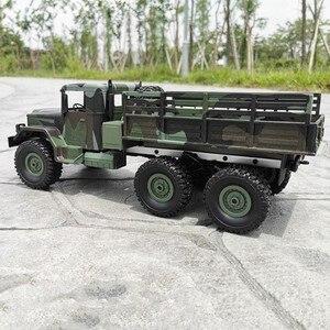 Image 4 - Mn 모델 mn77 1/16 2.4g 6wd rc 자동차 led 라이트 위장 군사 오프로드 rc 크롤러 자동차 원격 제어 트럭 rtr 완구