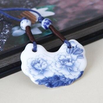 2014 Vintage tradicional étnico de la suerte azul y blanco de porcelana peonía de moda de punto de cerámica colgante collar N2149