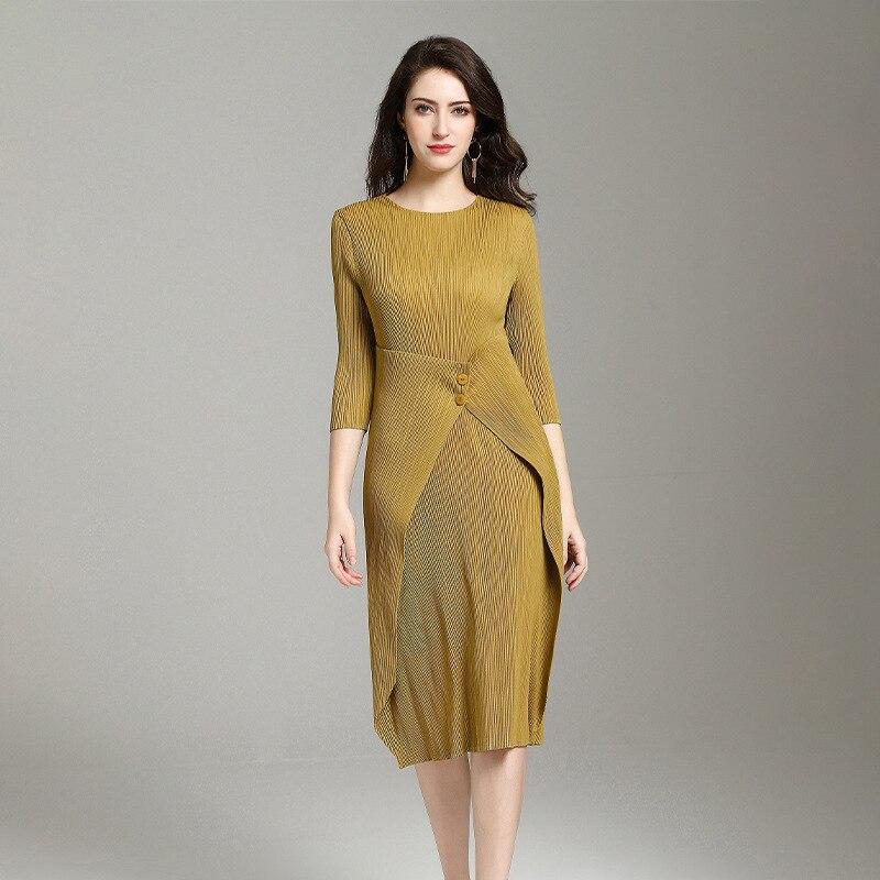 LANMREM robe plissée 2019 été tissu pour femmes style japonais trois quarts manches taille bouton conception robe offre spéciale YG697