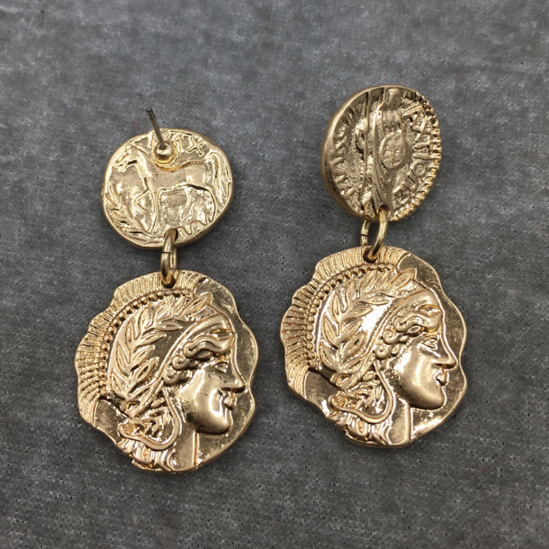 SRCOI Retro Queen Engraved Coin Drop Earrings Gold Filled Figure Face Medal Party Long Women Earrings Classic Round Jewelry 2018