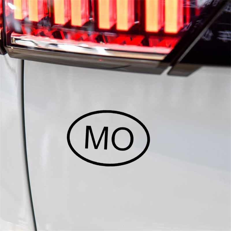 YJZT 13.6เซนติเมตร* 9.3เซนติเมตรMOมาเก๊ารหัสประเทศรีไวนิลรูปลอกสติกเกอร์รถสีดำสีเงินC10-01353
