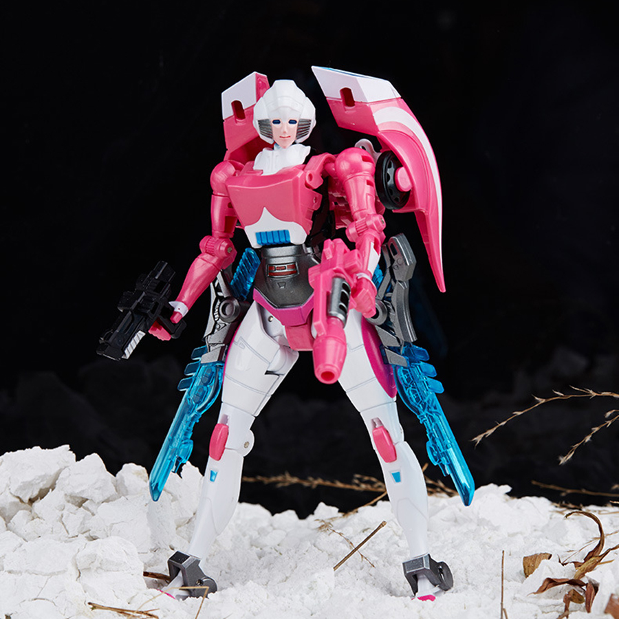 Weijiang G1 Transformation Arcee fille IDW surdimensionné agrandir pièce maîtresse femme figurine Robot voiture W8039 Collection jouets