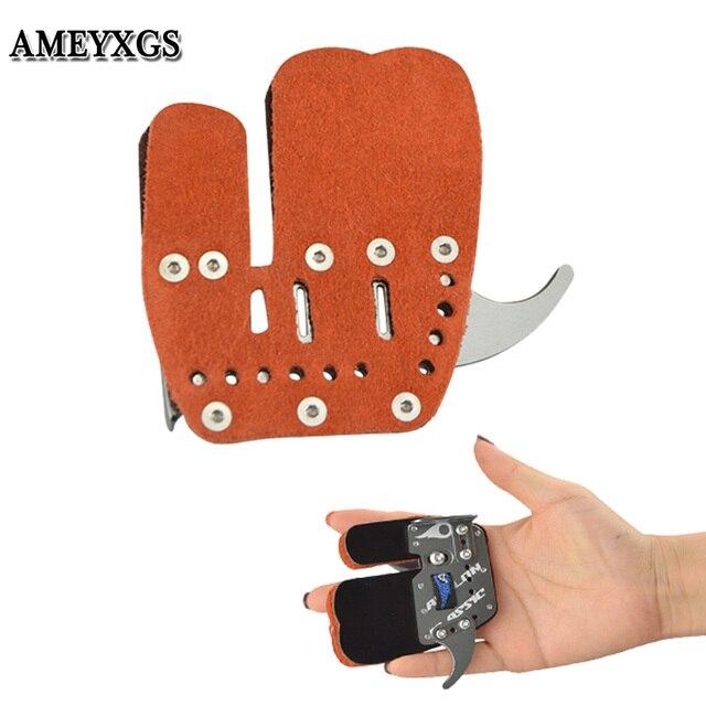 Protector de dedo de Tiro con Arco cuero de la mano derecho Protector de dedo de aleación de aluminio Camping al aire libre caza tiro arco accesorios de cuerda