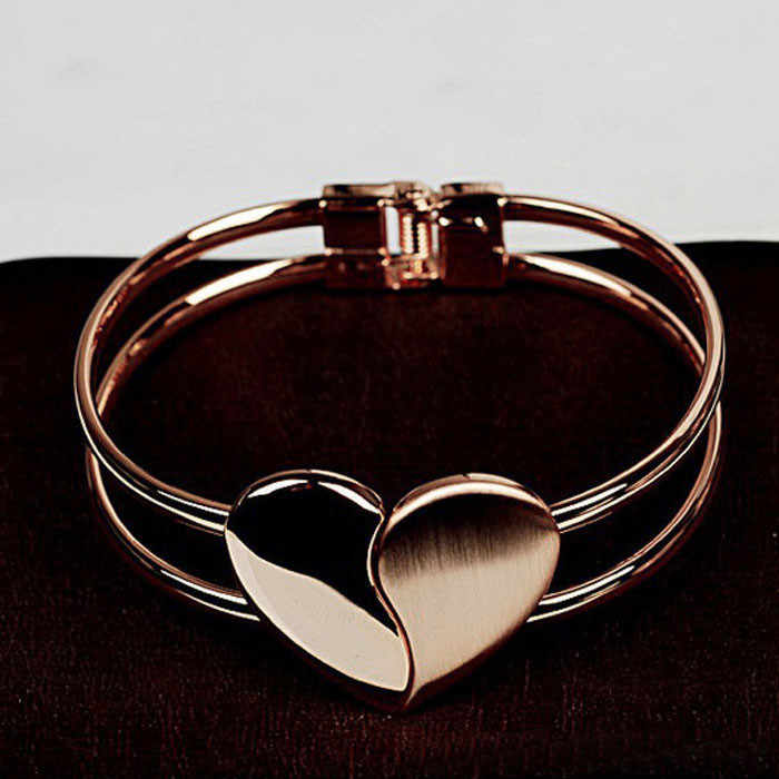 New Fashion Cheap Bangle Bracelet New Lady Elegant Heart Bangle Wristband Bracelet Cuff Bling Gift Magnetic Bracelet Dropship