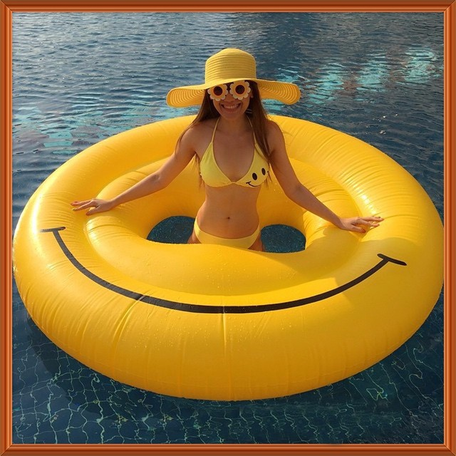 160CM 63 Inches Giant Inflatable Smiley Pool Float Toy Inflatable Pool Toy  Swim Ring Smiley Pool Float Water Pool Inflatable Toy