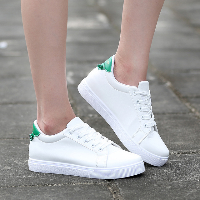 timeless design 9cb4d 53242 Lzzf 2018 Korean Fashion Casual Couple Shoes Woman Men 5CM Added White  Sneakers Flat Shoes Women Tenis Zapatos Mujer Big Size
