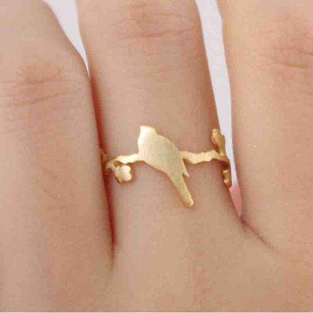 Wholesale 10 pcs lot Mix Color Rings A Cut Bird Standing on The