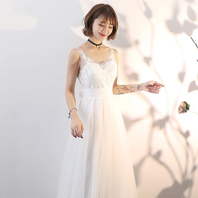 Wedding Dress 2019 Sexy V-neck Sleeveless Appliques Flower a Line Bridal Dresses Floor Length Custom Size Robe De Mariage Wedding Dresses