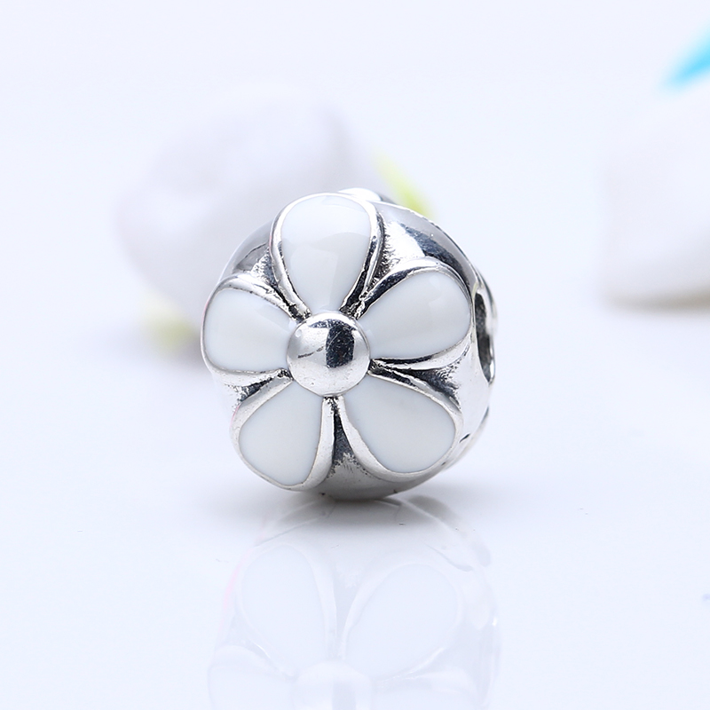 100% 925 Sterling Silver Fit Original Pandora Bracelet Daisies silver clip with white enamel Beads for Fine Jewelry Making