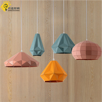 Lampen en lantaarns, kleurrijke persoonlijkheid cafe zitkamer eetkamer tafel studie restaurant marca draak kroonluchter