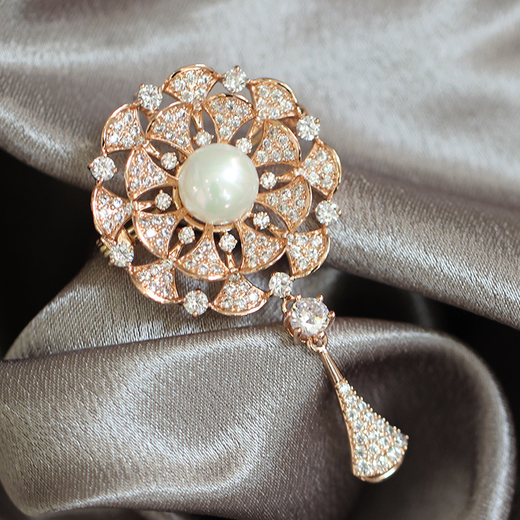 Fashon Cubic Zircon Brooch for Women Wedding Pearl Brooch and Pins Luxury Austrian Crystal Brooches Gift