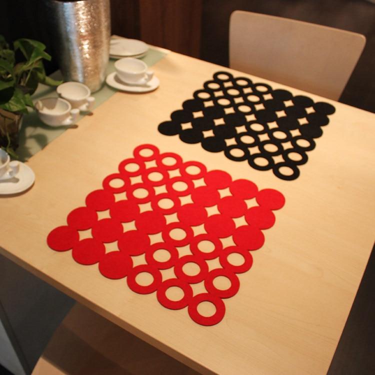 Factory direct sale, set of 2 Felt non-woven placemat cutout jottings pot holder bowl pad heat insulation pad disc pads square