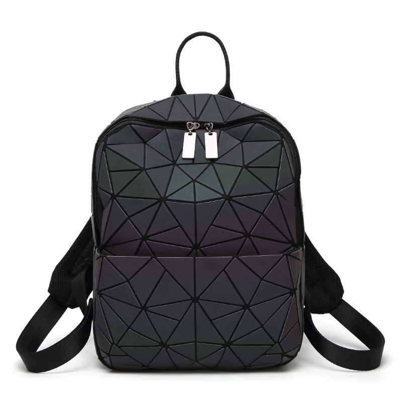 2018 New Bao Luminous Backpacks Female Fashion Girl Daily Backpack Geometry Package Sequins Folding Bags School Bags