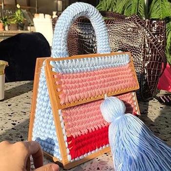 NEW 2018 Handmade Wool Winter Tote Bags Soft Style Vintage Retro Chic Fabric Green Book Wood Top Handle Handbag Quality