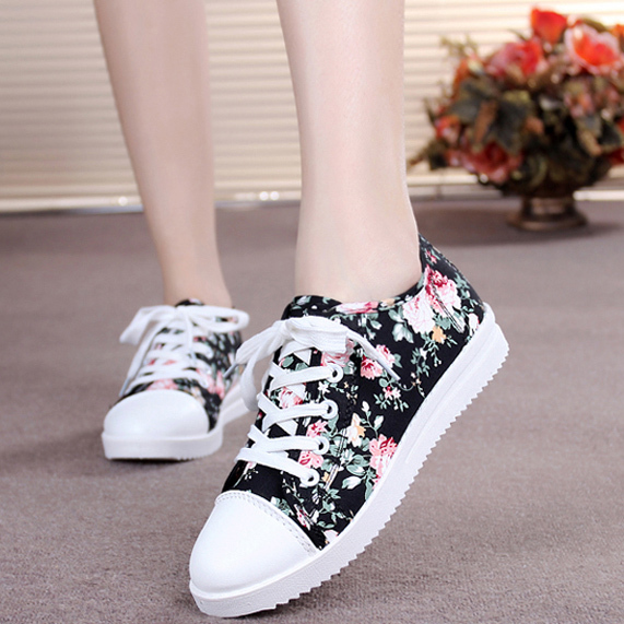 sport shoes casual