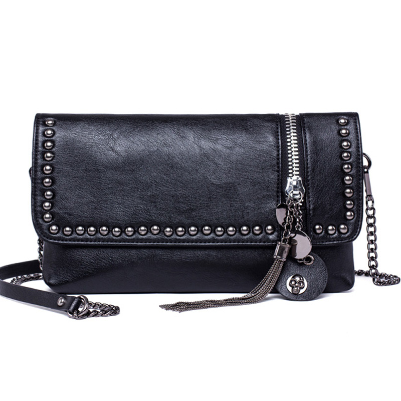Women Messenger Bags Crossbody Women Bag Luxury Brand  Leather Cool Skull Rivet Tassel Bag Black Fashion 2017 Small Chains bag fashion split leather women messenger bags tassel rivet luxury small shoulder bags solid color retro top grade mini saddle bag