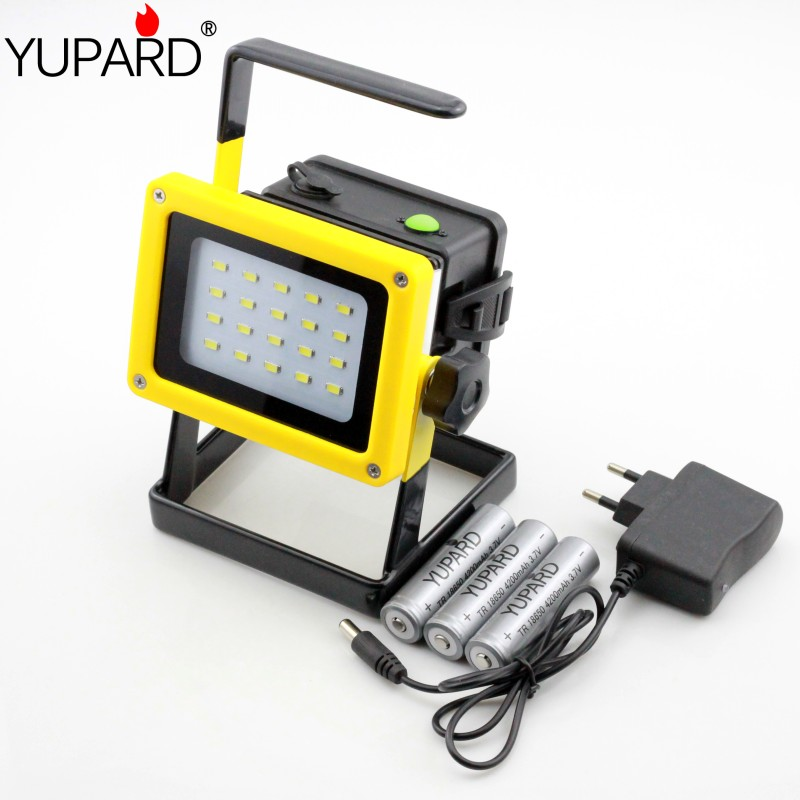 ФОТО YUPARD flood light spotlight 20*SMD LED  Searchlight camping outdoor flashlight +direct charger+3*18650 rechargeable battery