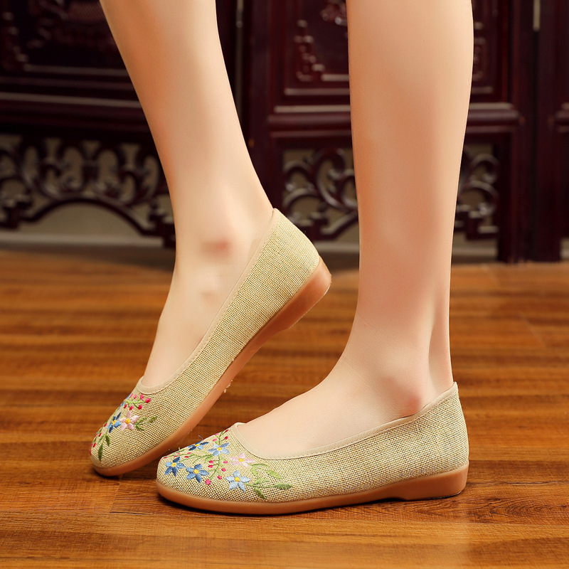 Flats 2019 Autumn New Cloth Shoes Women Shoes Soft Bottom Embroidered Shoes Comfortable National Wind Dance Shoes