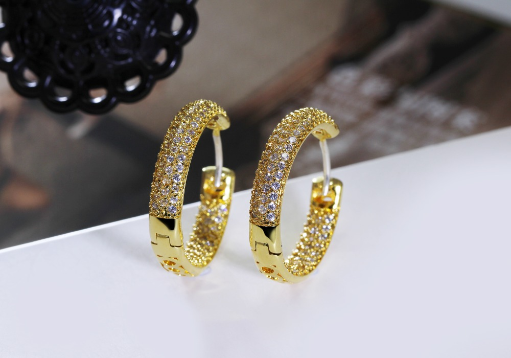 Hoop earring for night bar party (4)
