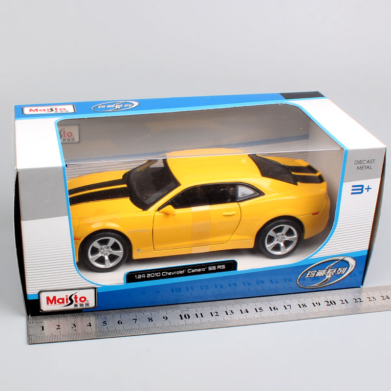 1 24 Scale brand maisto 2010 Chevrolet chevy muscle coupe camaro SS RS metal automobile Diecast collectible model car toy boys in Diecasts Toy Vehicles from Toys Hobbies