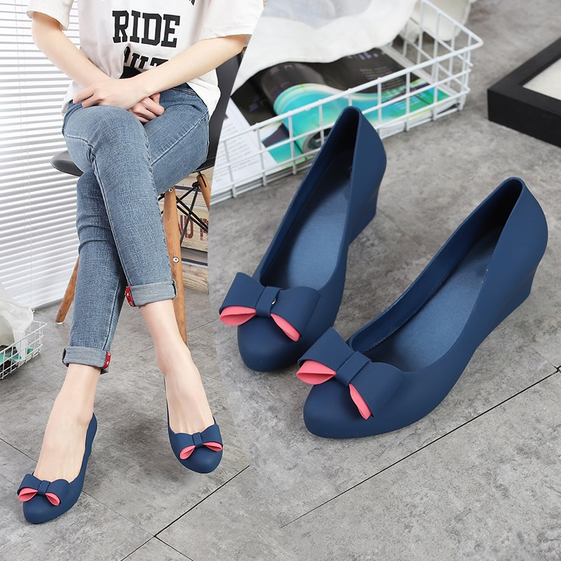 EOEODOIT Spring Jelly Wedges Pumps Women Rain Shoes Med Heel Height Increasing Jelly Shoes With Bow Slip On Daily Work Shoes