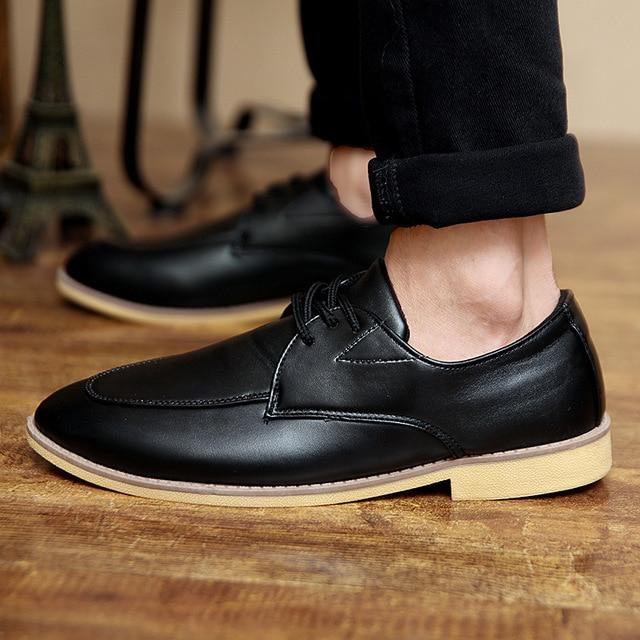 Noopula Mens Designer Shoes Leather Shoes De Flat Shoe Men Brand For Dress  Luxury Man Oxford Studded Mens Designer Famous Shoes 109974cd3c6