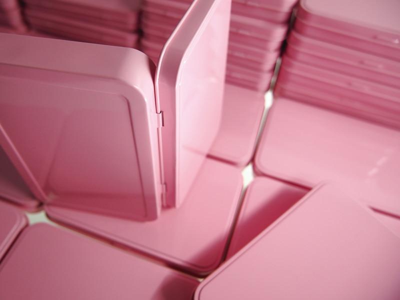 Купить с кэшбэком New Arrival 133X88X20mm Rectangle  pink tea tin box candy jewelry storage box  trinket case with hinge 54pcs/lot