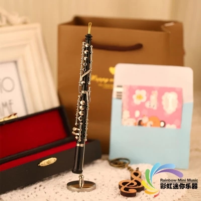 16 cm oboe model mini musical instrument model, sending teachers, boys and girls