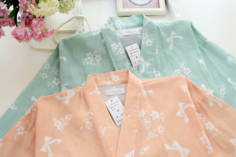 Female Japanese Kimono Yukata Set