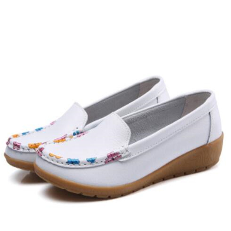 Women Real Leather Shoes Printing Moccasins Mother Loafers Soft Leisure Flats Casual Female Driving Ballet Footwear
