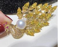 Free shipping 1pcs natural pearl brooch zircon peacock brooch pin for women