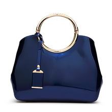 Famous design 2019 New Fashion Luxury Sequins hard shoulder Womens Bag pure color Zipper opening multifunction handbag