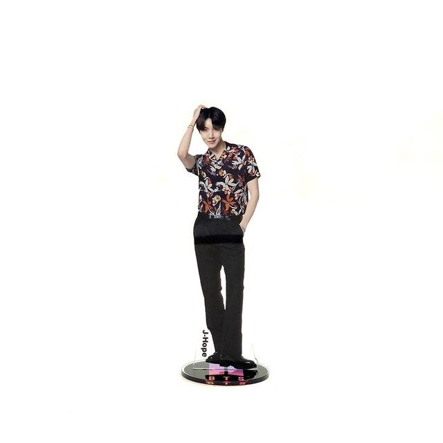 POP Stars Stand Figure  4