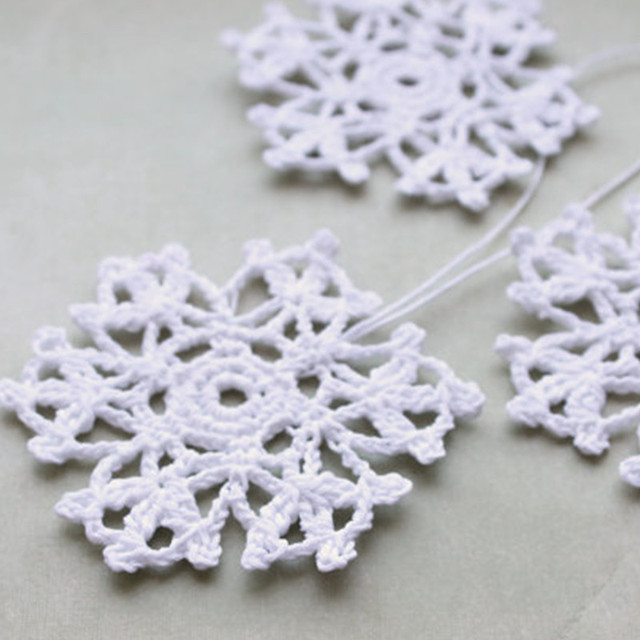Ganchillo copo de nieve, colgando adornos, decoración del hogar ...